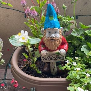 """10"""" Handpainted cement Gnome statue with welcome"""